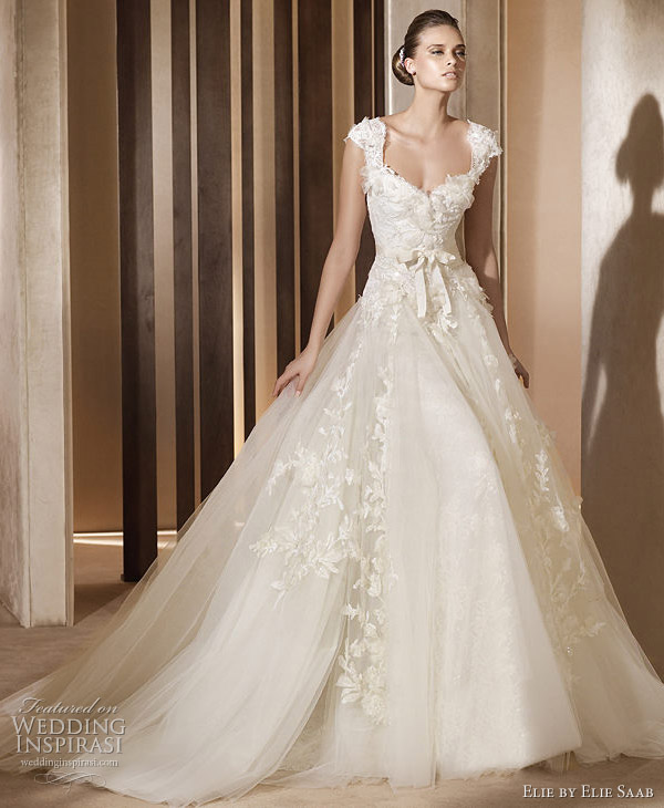Aglaya wedding dress by Elie Saab for Pronovias 2011 bridal collection